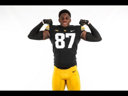 Daine-Hanson-Iowa-Football-Recruiting