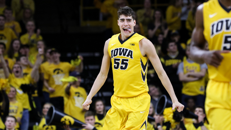 Luka-Garza-Iowa-Basketball