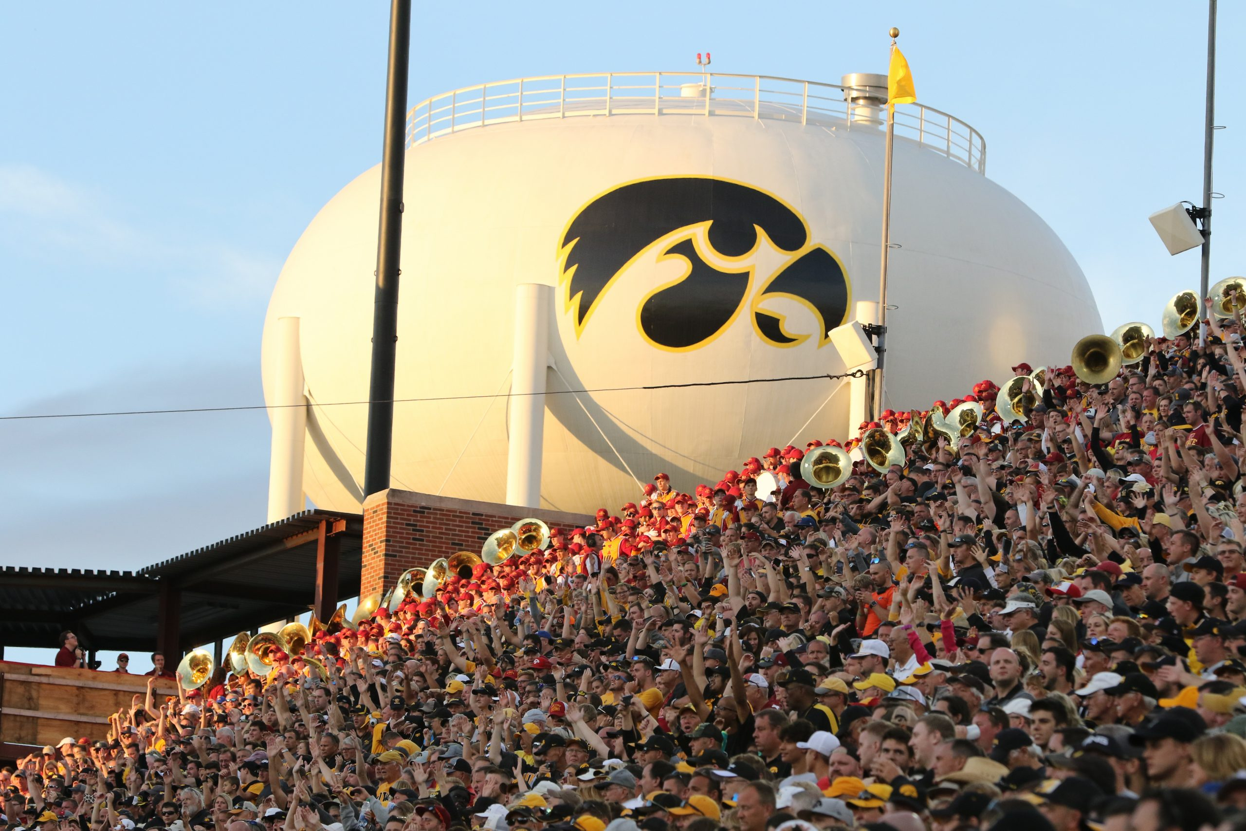 kinnick-water-tower
